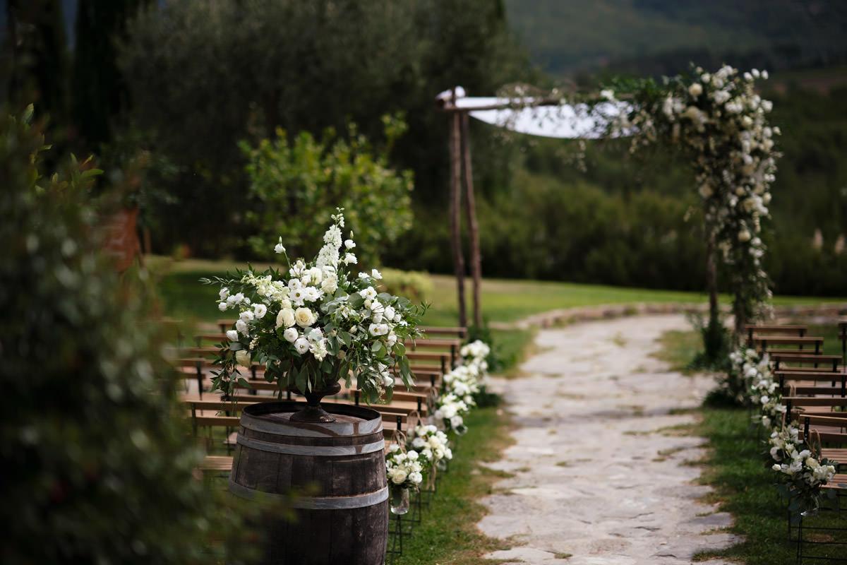 Chuppah wedidng in tuscany Andrea Corsi