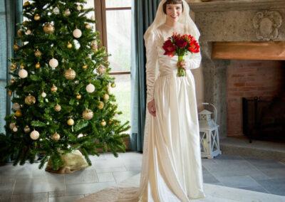vintage wedding in Tuscany Girolami Cohen Rosapaola Lucibelli Photography Christmas tree