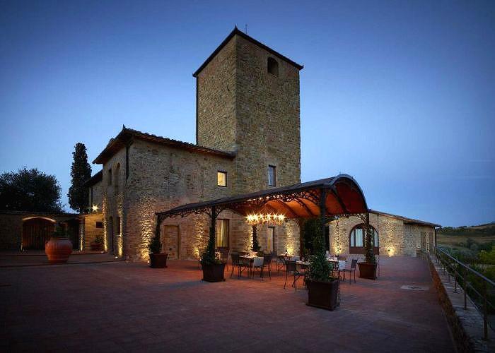 Villa Romance Tuscany front view