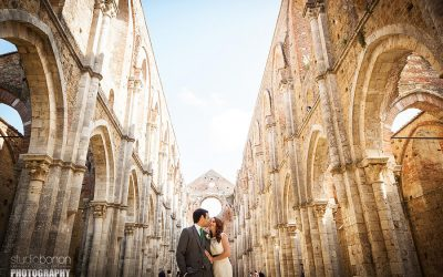 Intimate Roofless Wedding in San Galgano