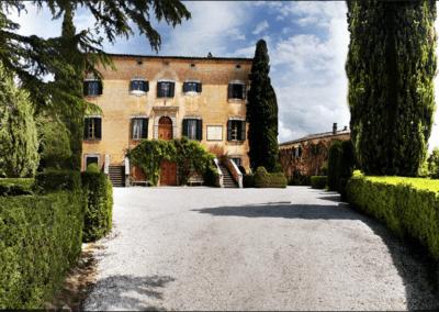 a wedding villa san gimignano view